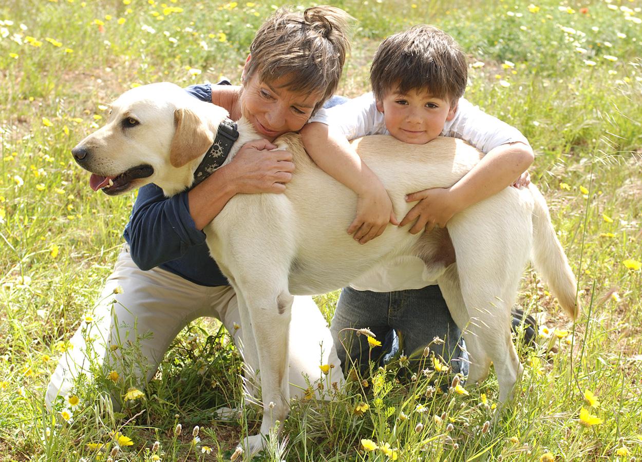 hund-kind-frau