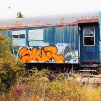 verrosteter-waggon-graffiti