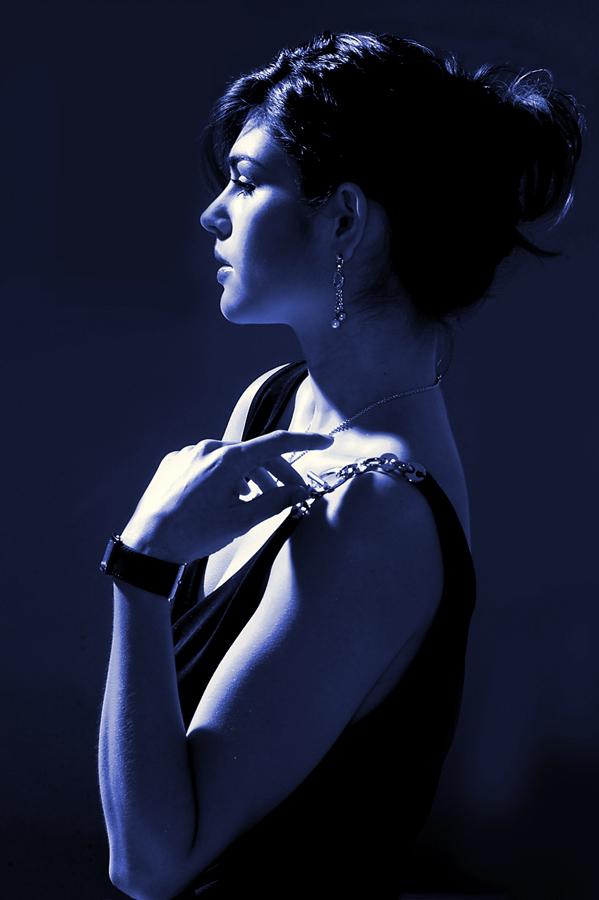 viola-blue-diva