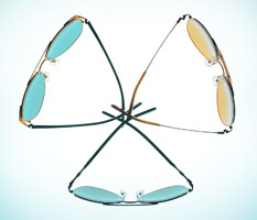 3 Brillen von oben fotografiert