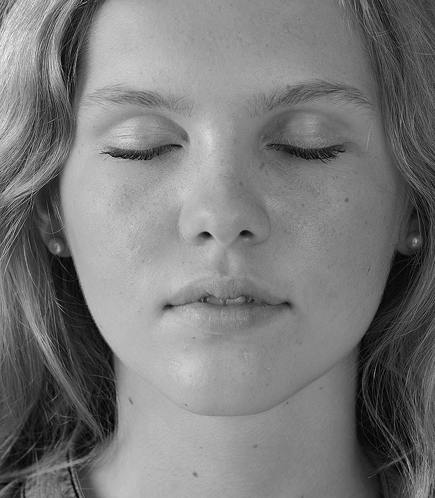 Headshot einer jungen Frau
